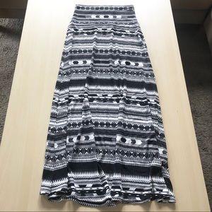 Boho Geo Print Maxi Skirt Black White Size XS
